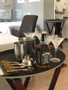 Pre-postre. Cóctel con bourbon y brocheta de boniato